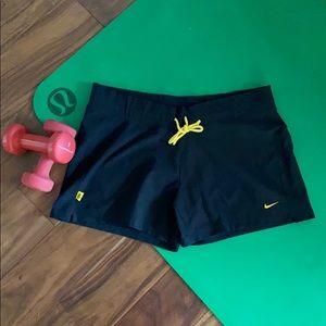 Nike fitdry black shorts L EUC
